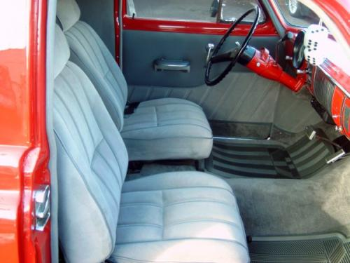cs1950-Chev-Sedan-Delivery-005